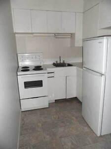 307 Avenue R South - 1 bedroom in 4-plex