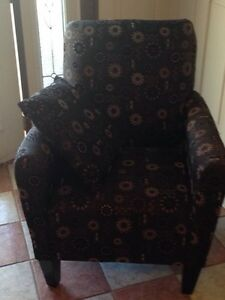 Chocolate pattern chair