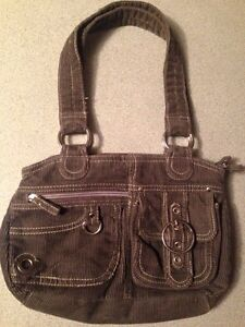 New without tags grey purse Kitchener / Waterloo Kitchener Area image 1