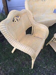 Wicker Furniture Set Cornwall Ontario image 2