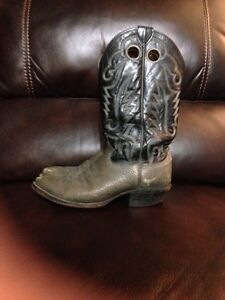 Black and grey cowboy boots