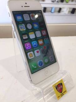 IPHONE 5 16GB/ 32GB SILVER UNLOCKED WITH WARRANTY & INVOICE