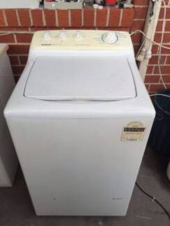 great working 5.5 KG HEAVY duty top simpson washing machine, can