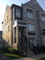 Luxurious 2 BR Townhouse in the best community of Mississauga