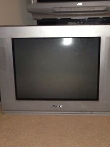 APEX older 'flat screen' tv