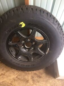 GM Halfton Rim And Tire (1 tire and rim)