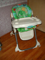 chaise haute FISHER PRICE RAINFOREST