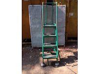 Portable step ladder