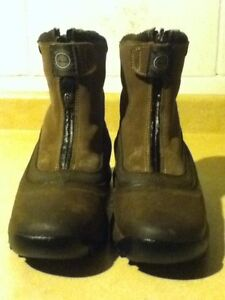 Women's Timberland Waterproof Boots Size 7 London Ontario image 5