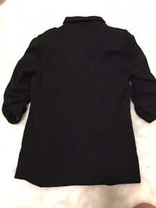 SILENT AND NOISE BLAZER SIZE SMALL  London Ontario image 4