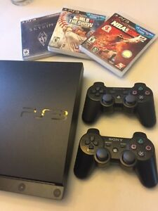 PlayStation 3 & 2 controllers + 3 games