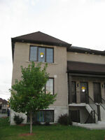 4 ½ for rent, Open Concept Condo Style, Chomedey