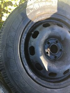 195/65 R15, 4 GOODYEAR NORDIC winter tires with rims