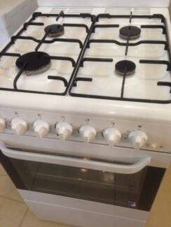 Chef 54cm Natural Gas Stove Oven can be converted to LPG