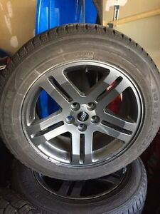 Dodge Charger Magnum Challenger Chrysler 300 snow and rims