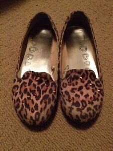 Girls Sz 5-6Y Shoes St. John's Newfoundland image 4