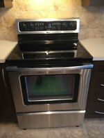Four cuisinière Whirlpool Gold stainless steel oven cookrange