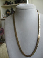 """ELEGANT 23"""" OVER-LAPPED CLOSED-LINK HEAVY CHAIN NECKLACE"""