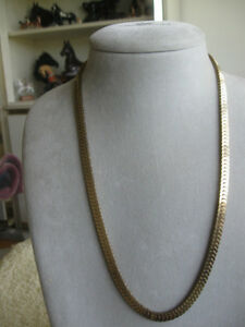 "ELEGANT 23"" OVER-LAPPED CLOSED-LINK HEAVY CHAIN NECKLACE"