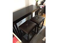 Stylish extending Bar table and 2 bar Stools
