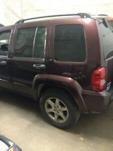 2004 Jeep Liberty Limited SUV, Crossover (Price Drop)