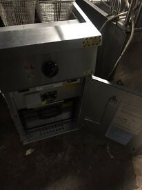 Three phase electric fryer