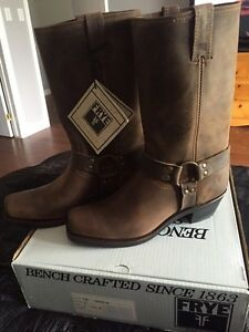 Men's FRYE Harness Leather Cowboy Riding boots.