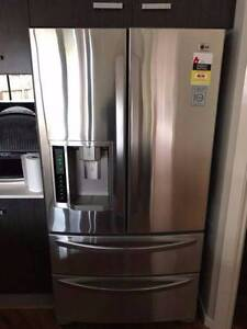 1 YEAR 4 DOORS LG Ice Water Dispenser French Door Can DELIV Box Hill Whitehorse Area Preview