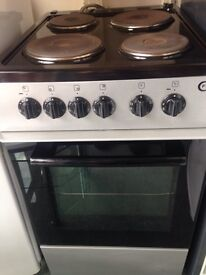 Black/silver electric cooker