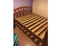 4 post wooden bed