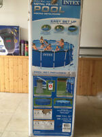 "Piscine ""INTEX"" neuve / New ""INTEX"" pool"