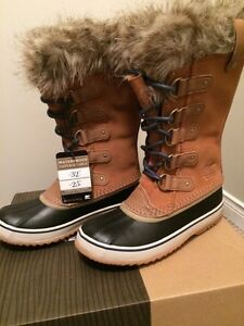 Rare BNIB Sorel Joan of Arctic Winter Boots in Elk Midnight