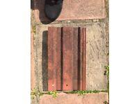 500 CLAY ROOF TILES. 50p per tile £200 lot