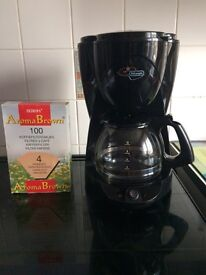 Delonghi filter coffee machine + 100 filters