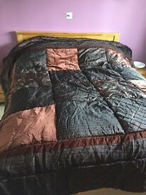 Bedspread and matching pillow covers