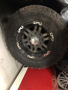 2009-2017 Dodge Ram 2500 rims and tires  London Ontario image 1