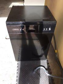 Dishwasher Like new want gone this week