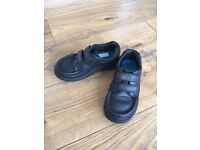 Boys size 9 1/2 F Clarks shoes