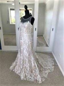 Wedding Dress French Collection 'Louvre' gown ivory lace/nude lining