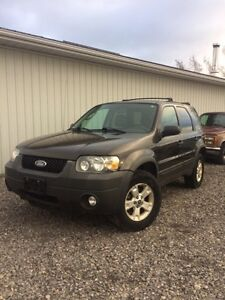 2007 Ford Escape fully loaded but sunroof