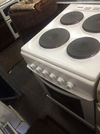 White King home 50cm electric cooker grill & oven good condition with guarantee