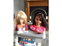 Hairdressing dolls heads with brushs