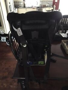 Britex child car seat  Belleville Belleville Area image 3