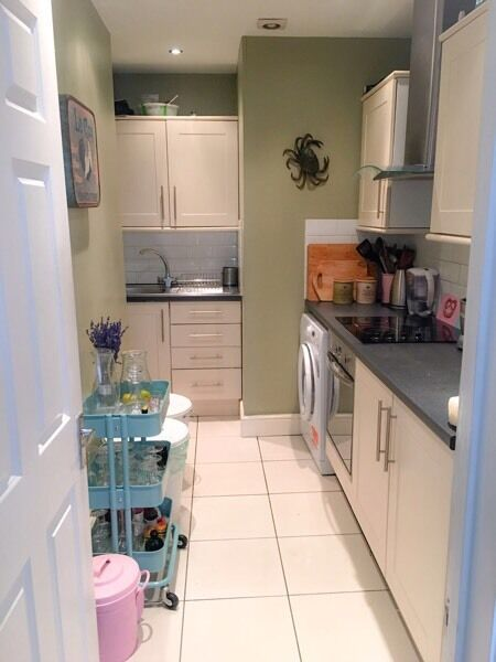 Two bed apartment in N1