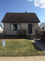 PRICED TO SELL!! MOVE IN READY!! 240 WEST CHRISTINA STREET!