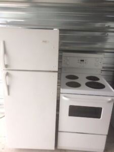 "24"" FRIDGE & STOVE 325$"