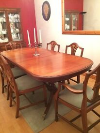 Extendable solid cherry wood dining table with 6 chairs