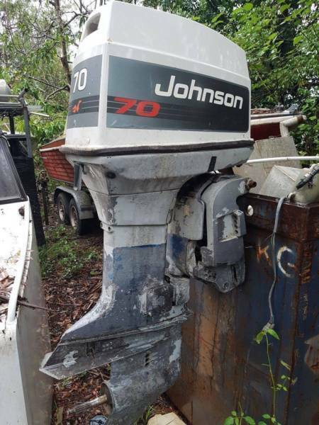 WRECKING HEAPS OF JOHNSON 60HP AND 70HP OUTBOARDS