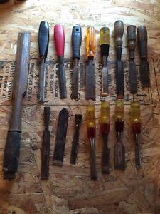 Wood chisels