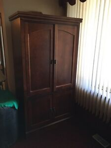 Wood cabinet. Reduced.  London Ontario image 1